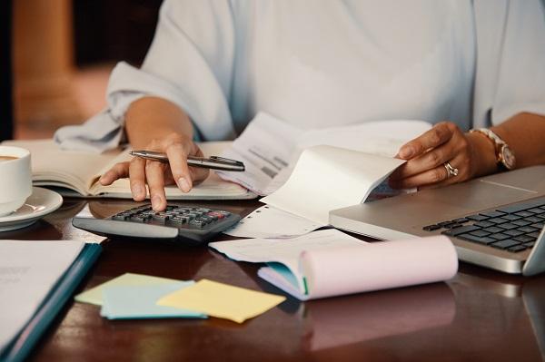 'Budgetcoach als waardevolle hulp', Martine hr-adviseur retail